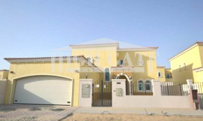 Hot!!! Deal!!! 3 BR Legacy Villa in Jumeirah Park for Rent
