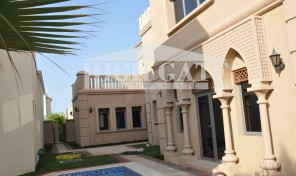 Beautiful!!!! 5 BED, Atrium Entry 2, Garden Home Villa for Sale in Palm Jumeirah