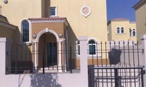 Amazing!!! 3 BR Bed Legacy Small Villa with huge plot 9000 sq ft @ 4.35 M net in Jumeirah Park