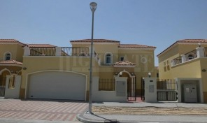Package 5a, 4Bed+M Legacy Villa in Jumeirah Park – with Private Garden